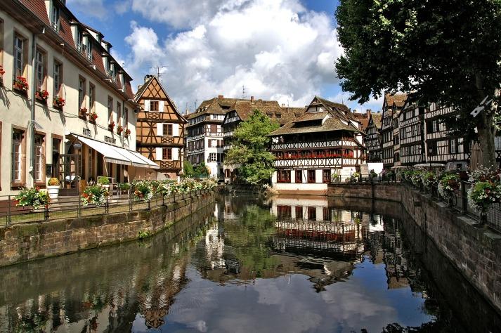 strasbourg-1354438_1920
